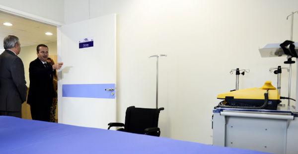 Governador inaugurou ambultório materno-infantil no Hospital Barão de Lucena no Recife. Foto: Aluisio Moreira/SEI   (Aluisio Moreira/SEI  )