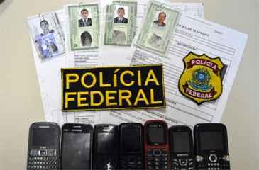 Suspeitos usavam documentos falsos. Foto: PF/ Divulgação