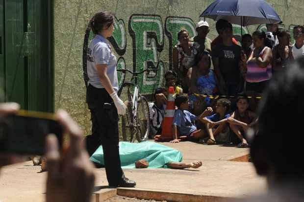 """Brasileiros têm """"muito medo"""" de morrer assassinados. Foto: Carlos Vieira/CB/D.A Press/Arquivo"""
