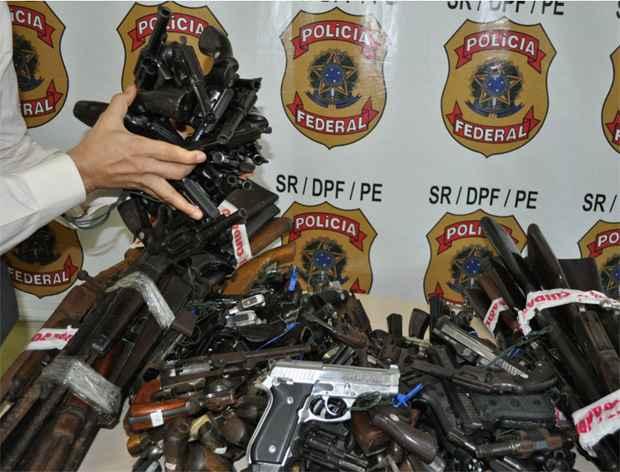 Após 882 dias de campanha, entre os dias 14 de maio de 2011 e 26 de dezembro de 2013,  foram recolhidas 6.201 armas e 12.380 munições. Foto: PF/ Divulgação
