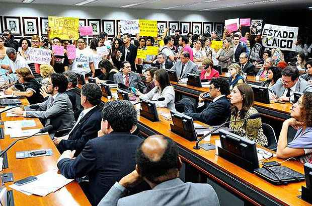 Protesto contra o deputado Marco Feliciano durante sess�o da Comiss�o de Direitos Humanos: colegiado protagonizou pol�micas em 2013. Foto: Monique Renne/CB/D.A Press