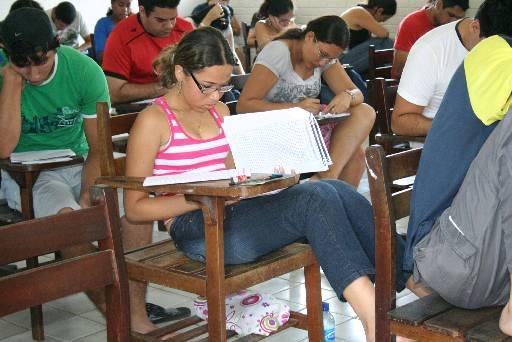 Pode participar da sele��o o estudante que tenha feito a prova do Exame Nacional do Ensino M�dio (Enem) de 2013 (Ovidio Carvalho/ON/D.A. Press )