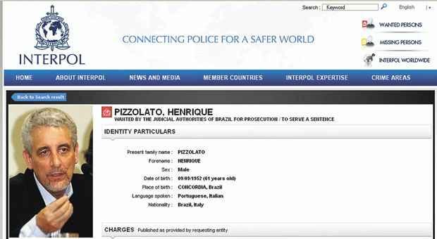 Em novembro, foto de Pizzolato foi inclu�da na lista de procurados no site da Interpol, que re�ne pol�cias de v�rios pa�ses. Foto: Reprodu��o