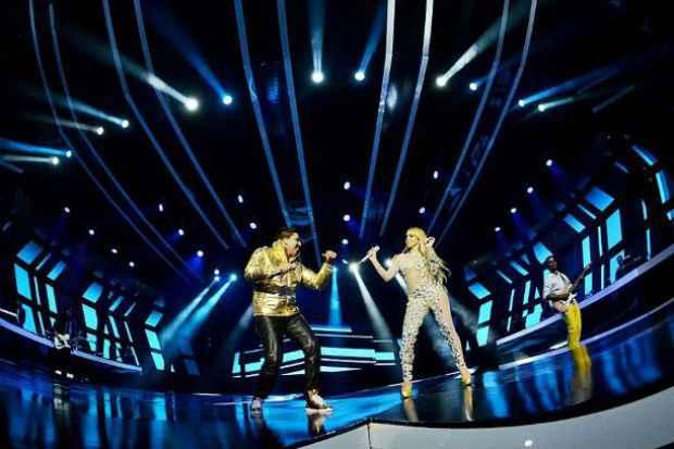 Elvis Pires e Carlinha, quando participavam da megaprodução para a gravação do DVD da Kitara. Foto: João Vitor Alves/Luan Promoções/Divulgação