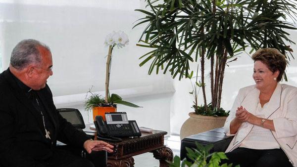Don Orani durante audi�ncia com Dilma. Para ele, popula��o est� pedindo por dignidade com essas rea��es foto: Roberto Stuckert Filho/PR (Roberto Stuckert Filho/PR)