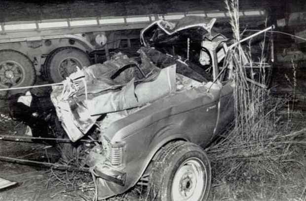 Opala do ex-presidente destru�do no acidente na Via Dutra: suspeita sem fim foto: Arquivo/EM/D.A Press (Arquivo/EM/D.A Press)