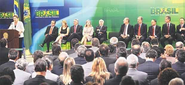 Durante solenidade de posse dos novos ministros, presidente fez exig�ncias aos novos integrantes do governo foto: Lucio Bernardo Junior/C�mara dos Deputados (Lucio Bernardo Junior/C�mara dos Deputados)