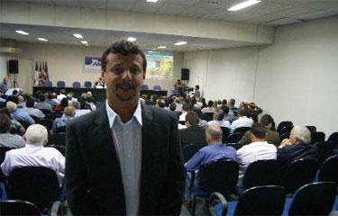 Justi�a cassa mandatos do atual prefeito de Altinho, Jos� Ailson de Oliveira (PSD) e o vice Marcos Sampaio (DEM). Foto: Alex Brassan/Divulga��o