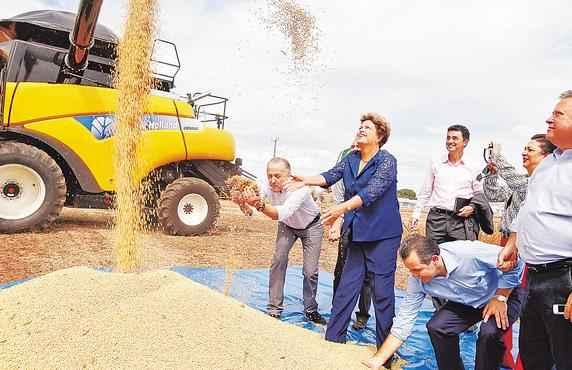 Dilma disse que o agroneg�cio venceu no pa�s e que setor � uma demonstra��o de