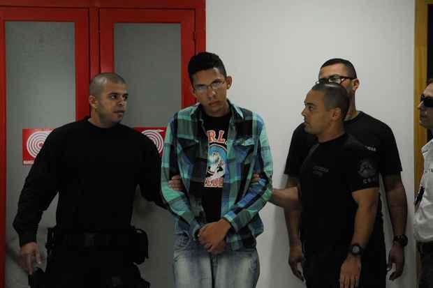 Caio Silva de Souza � um dos dois suspeitos de lan�ar o roj�o que atingiu e matou o cinegrafista Santiago Andrade. Foto: T�nia R�go/Ag�ncia Brasil