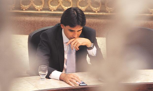 Silvio Costa Filho � acusado de assinar notas frias para comprova��o de despesas na C�mara em 2006 e 2007 foto: Nando Chiappetta/DP/ D. A PRESS (Nando Chiappetta/DP/ D. A PRESS)