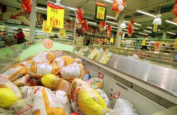 Com os pre�os mais altos por causa da oferta menor, o consumo dos brasileiros caiu em 2013, para 41,9 quilos. Foto: Marcos Vieira/EM/D.A Press