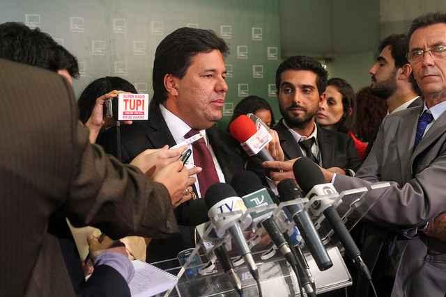 A Corregedoria vai examinar a den�ncia do partido contra a conduta do deputado governista que acusou a m�dica de ser