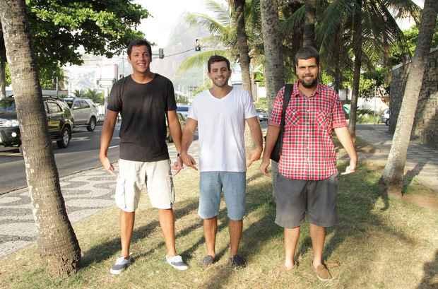 Os publicit�rios Guilherme Anchieta, Ricardo Ruliere e Vitor Damasceno criaram um servi�o que d� uma forcinha aos funcion�rios que desejam trabalhar mais a vontade. Foto: Divulga��o