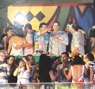 Al�m do carnaval do Recife, Paulo C�mara vai prestigiar Olinda, Bezerros e Nazar� da Mata foto: Nando Chiappetta/DP/ D. A PRESS (Nando Chiappetta/DP/ D. A PRESS)