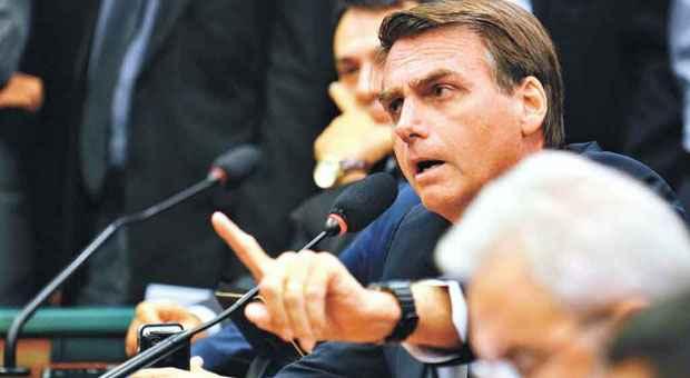 Bolsonaro defende a candidatura avulsa, apoiado por evang�licos foto: Jos� Cruz/Abr (Jos� Cruz/Abr)