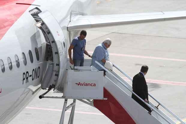 Chegada ao Recife, do Ex- Deputado Pedro Corr�a. Foto: Paulo Paiva/DP/D.A Press