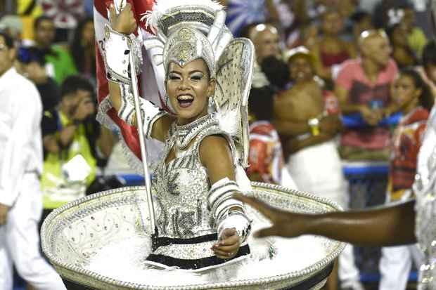 Escola de Samba Unidos do Viradouro durante Carnaval Rio de Janeiro. Foto: Celso Pupo / Fotoarena/Estad�o Conte�do