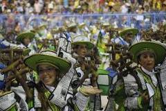 Escolas de samba do Grupo Especial se apresentam no Samb�dromo da Marqu�s de Sapuca�, no primeiro dia de desfiles (Fernando Fraz�o/Ag�ncia Brasil)