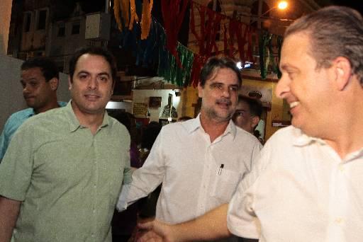 C�mara e Henry contar�o com Eduardo para fortalecer sua equipe de campanha. Foto: Nando Chiappetta/DP/D.A PRESS (Nando Chiappetta/DP/D.A PRESS)