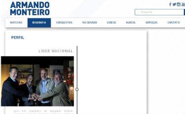 Antiga alian�a ainda � retratada na p�gina oficial do senador na internet. Foto: Reprodu��o/Internet (Reprodu��o/Internet)