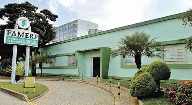 Faculdade em S�o Jos� do Rio Preto informou que diretores fizeram reuni�o com alunos para colher mais depoimentos sobre a calourada. Foto: Reprodu��o /Internet (Reprodu��o /Internet)
