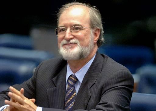 Azeredo renunciou ao mandato parlamentar em fevereiro, ap�s o procurador-geral da Rep�blica, Rodrigo Janot, apresentar as alega��es finais no processo. Foto: Roosewelt Pinheiro/Agencia Senado (Roosewelt Pinheiro/Agencia Senado)