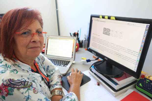 S�nia Calado defende que as empresas t�m o direito de conhecer o melhor poss�vel os valores da pessoa a ser contratada Foto: Teresa Maia/DP/D.A Press