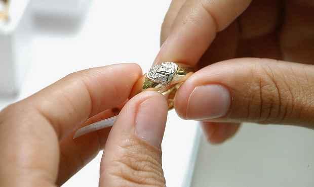 Impasse judicial pode garantir validade a casamento entre um homem e suas duas esposas em Vit�ria-ES (Anisio Henriques/ON/D.A. Press)