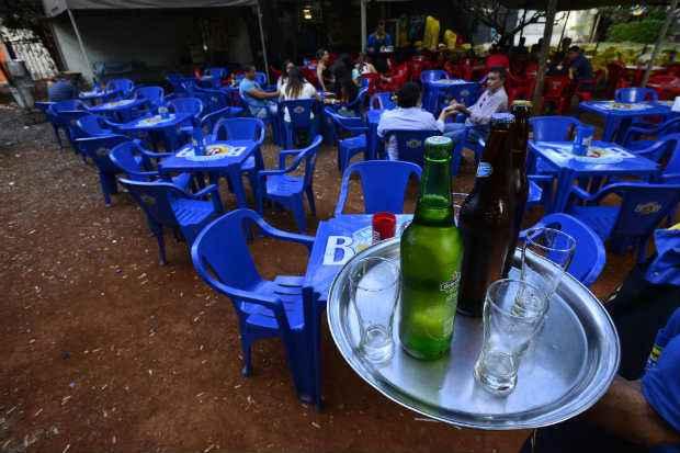 Consumidores devem preparar o bolso para bancar o reajuste da bebida Foto: Daniel Ferreira/CB/D.A Press