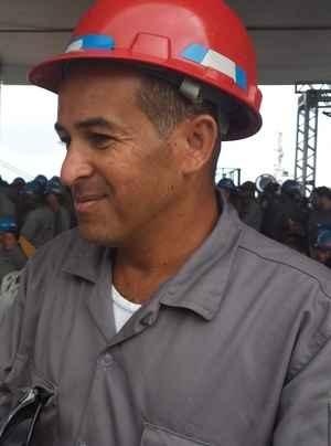 Montador Genival faria, 37 anos, trabalhou na montagem da pra�a de m�quinas do navio Drag�o do Mar (Rochelli Dantas/DP/D.A.Press)