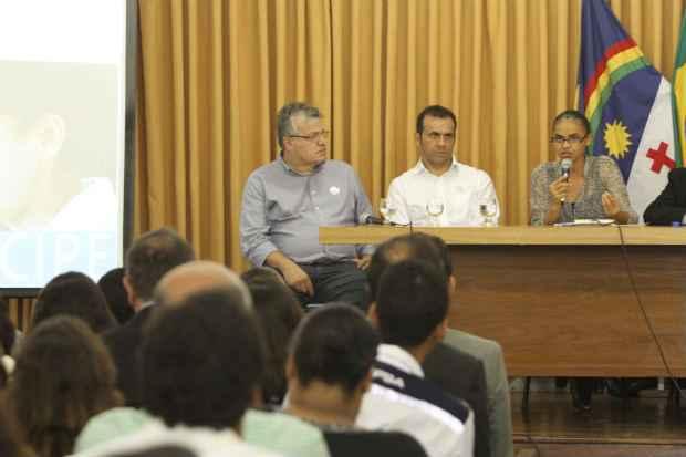 Roberto Leandro (E) foi um dos deputados que ajudou a acabar o jeton na Assembleia Legislativa (Nando Chiappetta/DP/D.A Press- Politica )