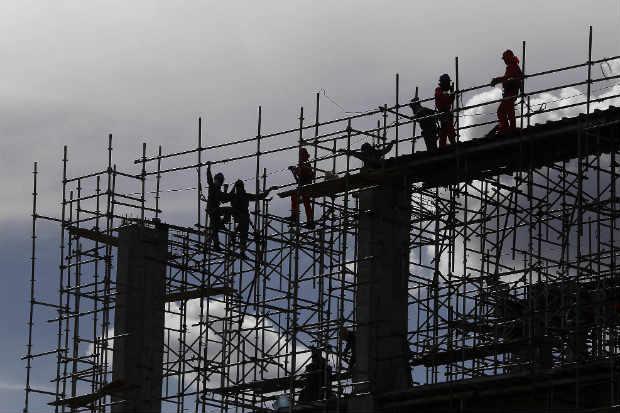 Mais de 10 mil pessoas j� atuam na obra. Eixo Norte, inclusive, tem atividades 20 horas por dia (Minist�rio da Integra��o/Divulga��o)