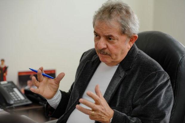 A queda na popularidade da atual presidente refor�a o discurso daqueles que pregam a volta de Lula  Foto:Luludi/Esp.CB/D.A Pres (Luludi/Esp.CB/D.A Pres)