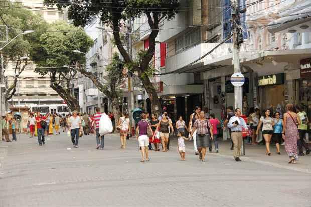 Os cortes foram concentrados no setor de servi�os, com a elimina��o de 10 mil vagas. Foto: Debora Rosa/Esp.DP/D.A.Press
