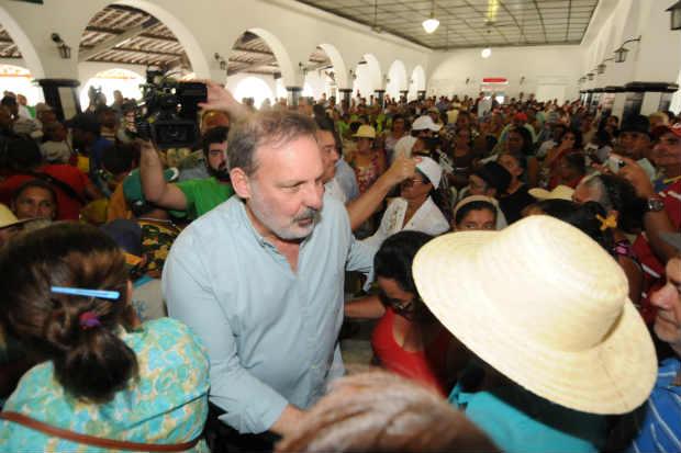 No 1� de Maio da CUT e da Fetape, Armando defende a qualifica��o dos trabalhadores e o apoio � agricultura familiar. Foto: Bernardo Soares/Divulga��o