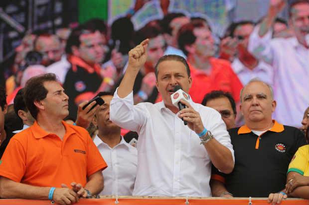 Presidenci�vel fez cr�ticas � pol�tica adotada por Dilma Rousseff em evento da For�a Sindical. Foto: NILTON FUKUDA/ESTAD�O CONTE�DO