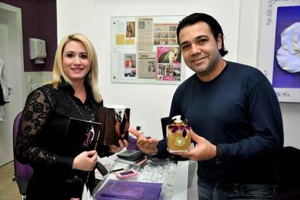 A empres�ria e dermaticista, Patr�cia Souto recebeu o deputado federal Marco Feliciano em seu Centro de Est�tica  (Orval Molina/Ag�ncia A)