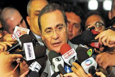 Renan d� entrevista sobre a convoca��o: N�s teremos tantas CPIs quantos requerimentos tivermos com fato determinado e prazo para investiga��o Foto: Bruno Peres/CB/D.A Press (Bruno Peres/CB/D.A Press)