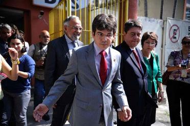 Comitiva de senadores estranharam nenhum defensor p�blico ter acompanhado os depoimentos do caseiro Foto:Tomaz Silva/Ag�ncia Brasil (Tomaz Silva/Ag�ncia Brasil)