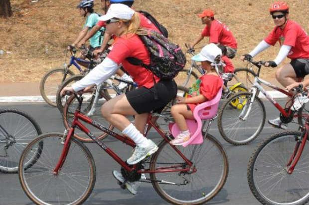 O evento tem car�ter nacional e, nos encontros, os ciclistas tamb�m recebem orienta��es sobre como usar a bicicleta em centros urbanos (ArquivoWilson Dias/Ag�ncia Brasil )
