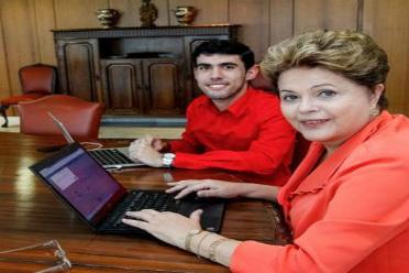 Sucesso do personagem na internet rendeu a Jeferson Monteiro uma reuni�o com a presidente Dilma. Foto: Roberto Struckert/PR (Roberto Struckert/PR)