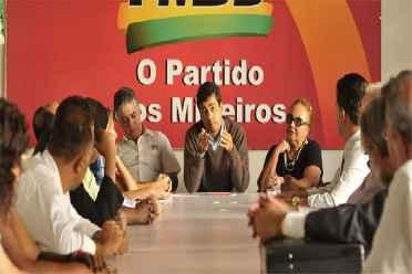 Encontro reuniu peemedebistas e socialistas em ato na sede do PMDB na capital. Foto: Juarez Rodrigues/EM/D.A Press (Juarez Rodrigues/EM/D.A Press)