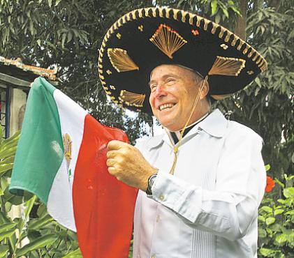 Padre mexicano ficou frustrado por n�o ter convite. Foto: Arquivo pessoal