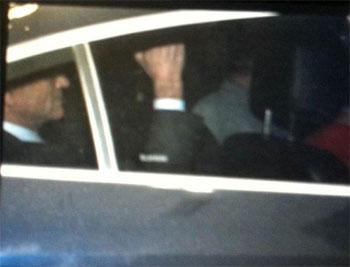 Paulo Oct�vio � levado preso para a Delegacia de Repress�o ao Crime Organizado (Deco). Foto: Andr� Viollati/EM/D.A. Press