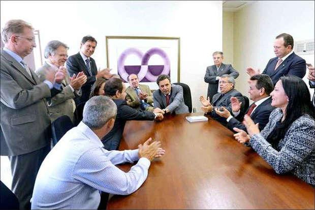 A�cio se reuniu com dirigentes dos quatro partidos que anunciaram que v�o apoi�-lo na disputa presidencial. Foto: George Gianni/PSDB (George Gianni/PSDB)