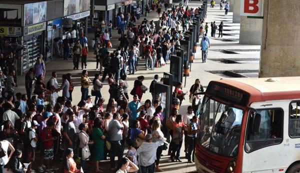 Ao todo, cerca de 11 mil profissionais atuam no sistema rodovi�rio do DF e cinco empresas operam o transporte p�blico. Foto: Monique Renne/CB/D.A. Press