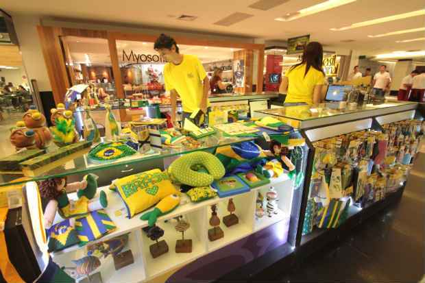 Quiosque Brasil Original foi montado na 4� etapa do Shopping Center Recife. Foto: Roberto Ramos/DP/D.A Press