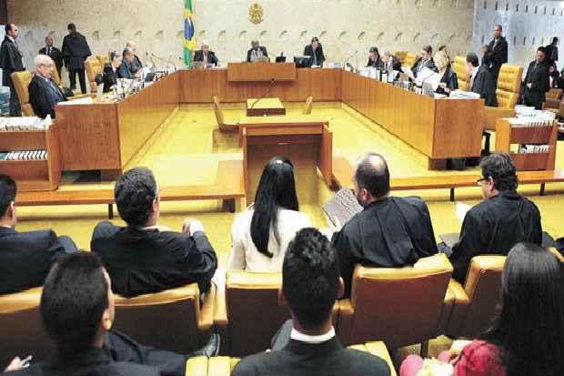 Discuss�o entre Joaquim Barbosa e o advogado Luiz Fernando Pacheco ocorreu no in�cio da sess�o de ontem. Foto: Carlos Humberto/SCO/STF (Carlos Humberto/SCO/STF)