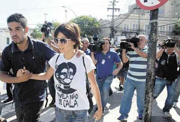 Ativista Elisa Quadros, a Sininho, foi indiciada pela participa��o nas manifesta��es violentas em junho de 2013 - Foto: Ag�ncia Brasil/Divulga��o (Ag�ncia Brasil/Divulga��o)